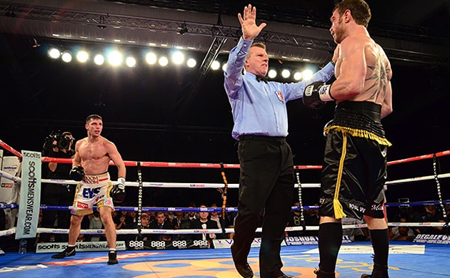 Katsidis concussed by Coyle in career-ending loss