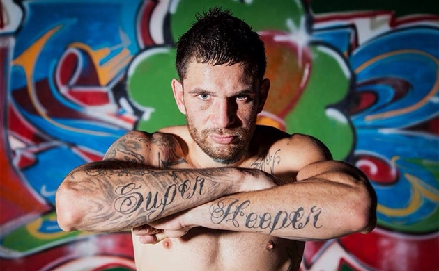 "Damien Hooper – ""I'm just itching to go overseas and fight"""