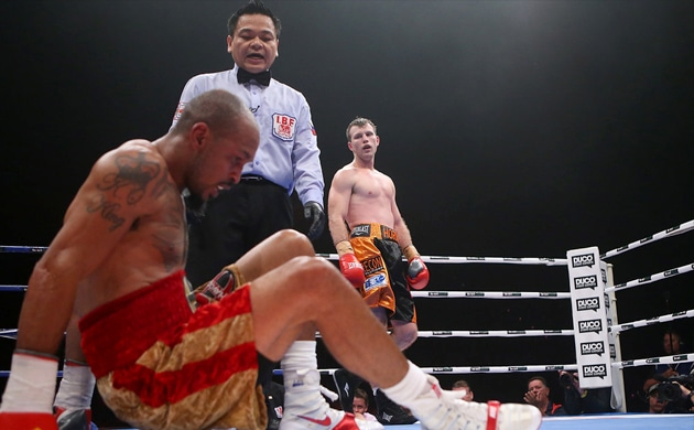 Jeff Horn survives knockdown, retires Randall Bailey on stool