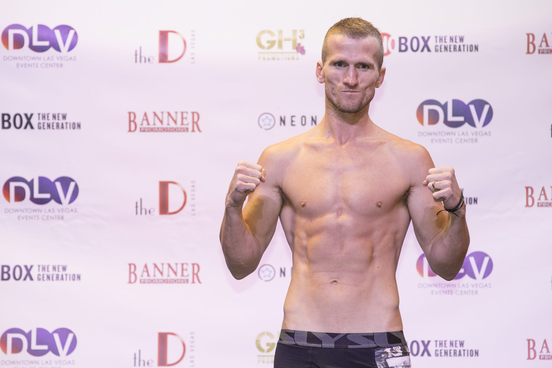 Les Sherrington discusses past performances, motivation to continue fighting