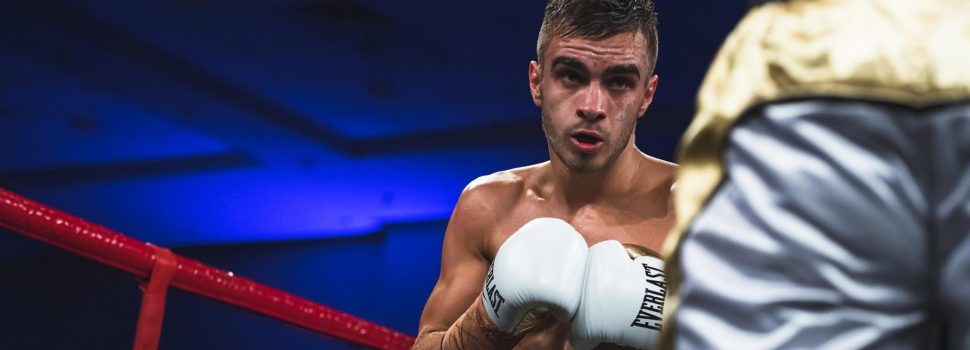 Champion vs. Champion: Moloney signs for Dacquel