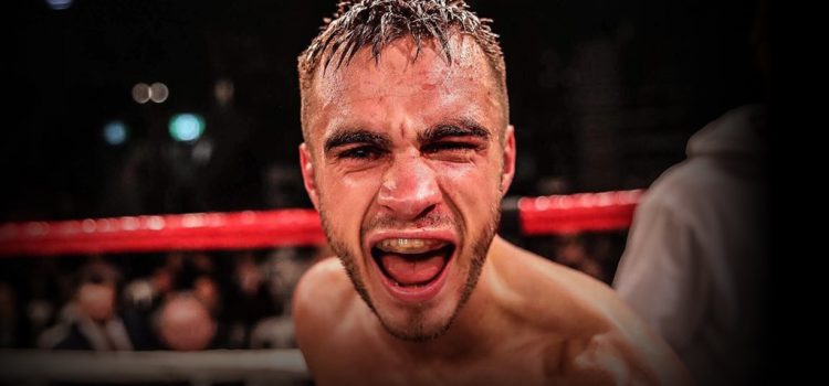 Andrew Moloney prepares for world title eliminator